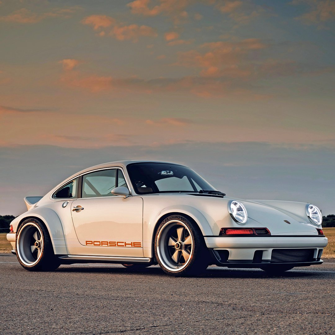 This 1990 Porsche 911 DLS designed by @WilliamsAdvEng & @singervehicles will only set you back a cool $1.8 million.
