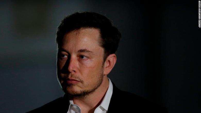 Elon Musk has apologized to the Thai cave rescuer for calling him a 'pedo' https://t.co/rnMCtoimd2