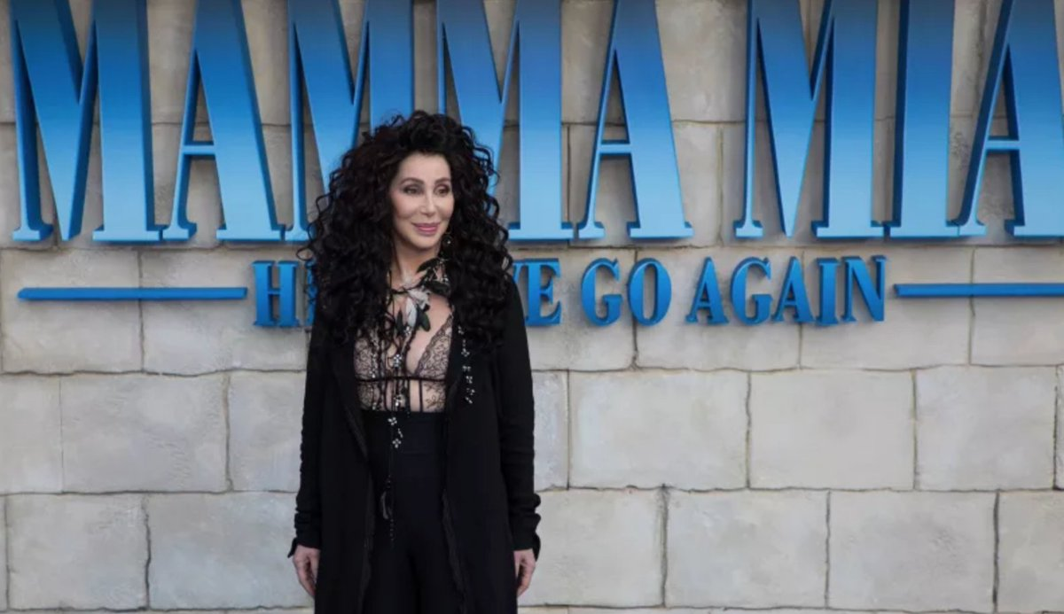 Cher nearly suffered a wardrobe malfunction at the Mamma Mia! Here We Go Again premiere https://t.co/cPkWYtxrJi