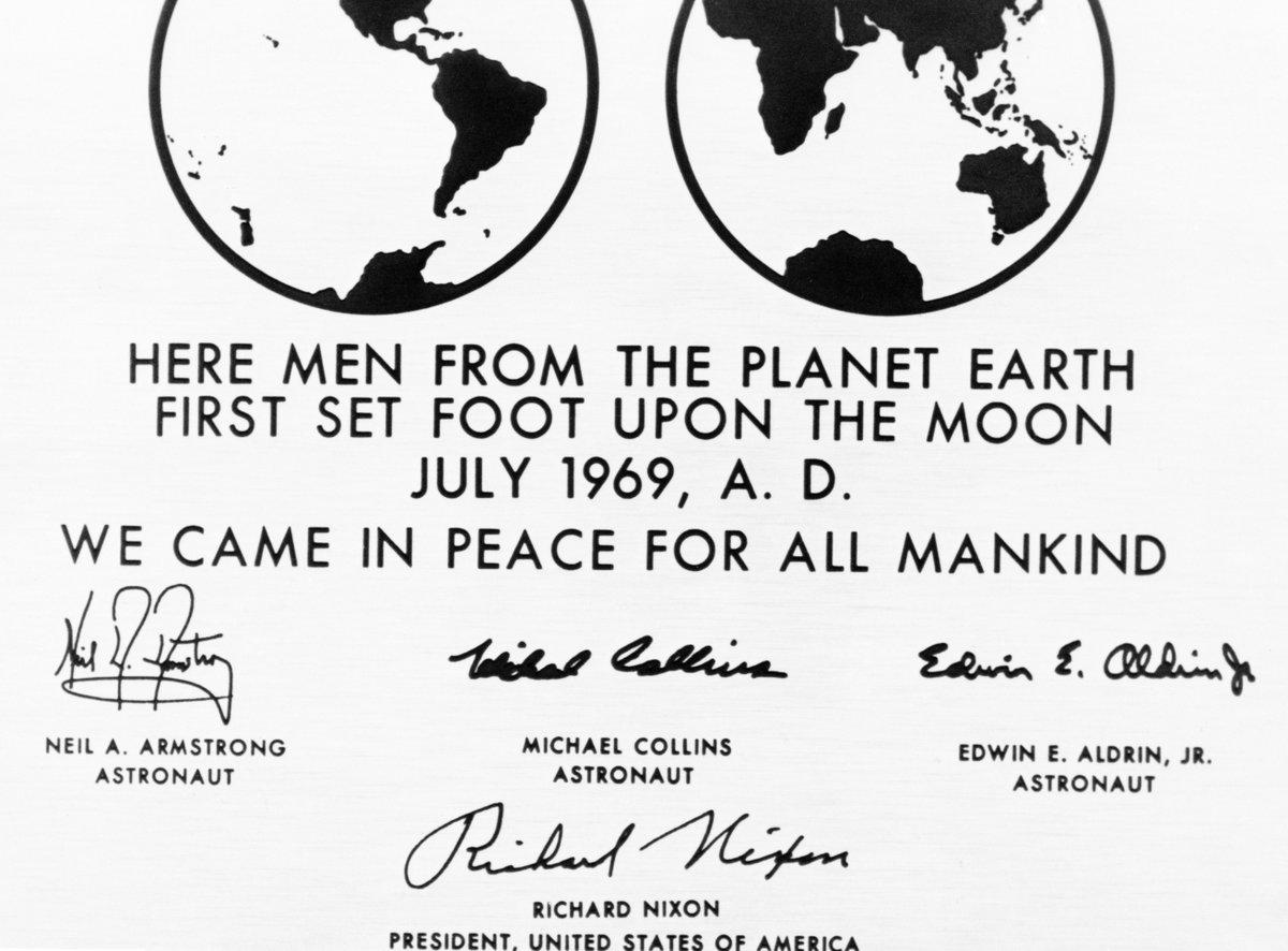 DiXHpQkVMAEsrvu - The Moon 1969
