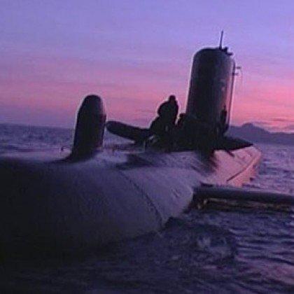 El nuevo submarino de la Armada que no flotaba ahora resulta que no cabe en el muelle https://t.co/axfR336uPL