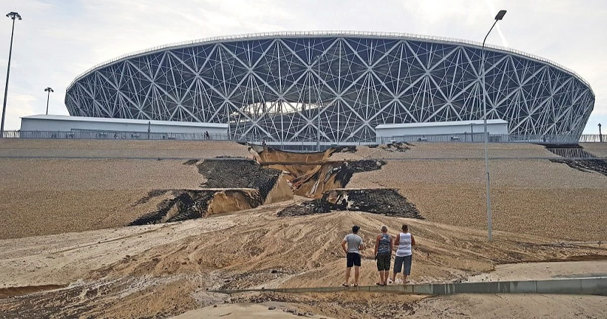 Embankment Collapses At The Foot Of Russian World Cup Stadiums 9gag.com/gag/anM01K0?re…