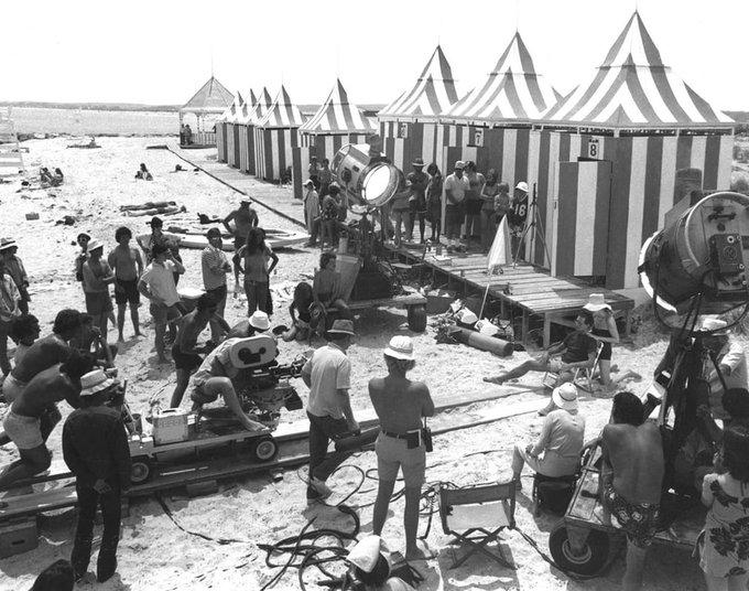 """#BTS TIBURÓN (1975) - la escena icónica del """"Dolly Zoom"""", """"Travelling Compensado"""" o más coloquialmente """"Efecto Vértigo"""" Esta técnica fue empleada por primera vez por Alfred Hitchcock en VÉRTIGO (1958), y es precisamente de ahí que deriva uno de sus tantos nombres. Foto"""