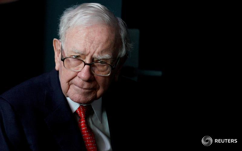 Berkshire Hathaway eliminates a restriction on its ability to buy back its own stock, a change that could help Chairman Warren Buffett deploy more of the conglomerate's cash https://t.co/ZFt1BrF1Rg $BRKa