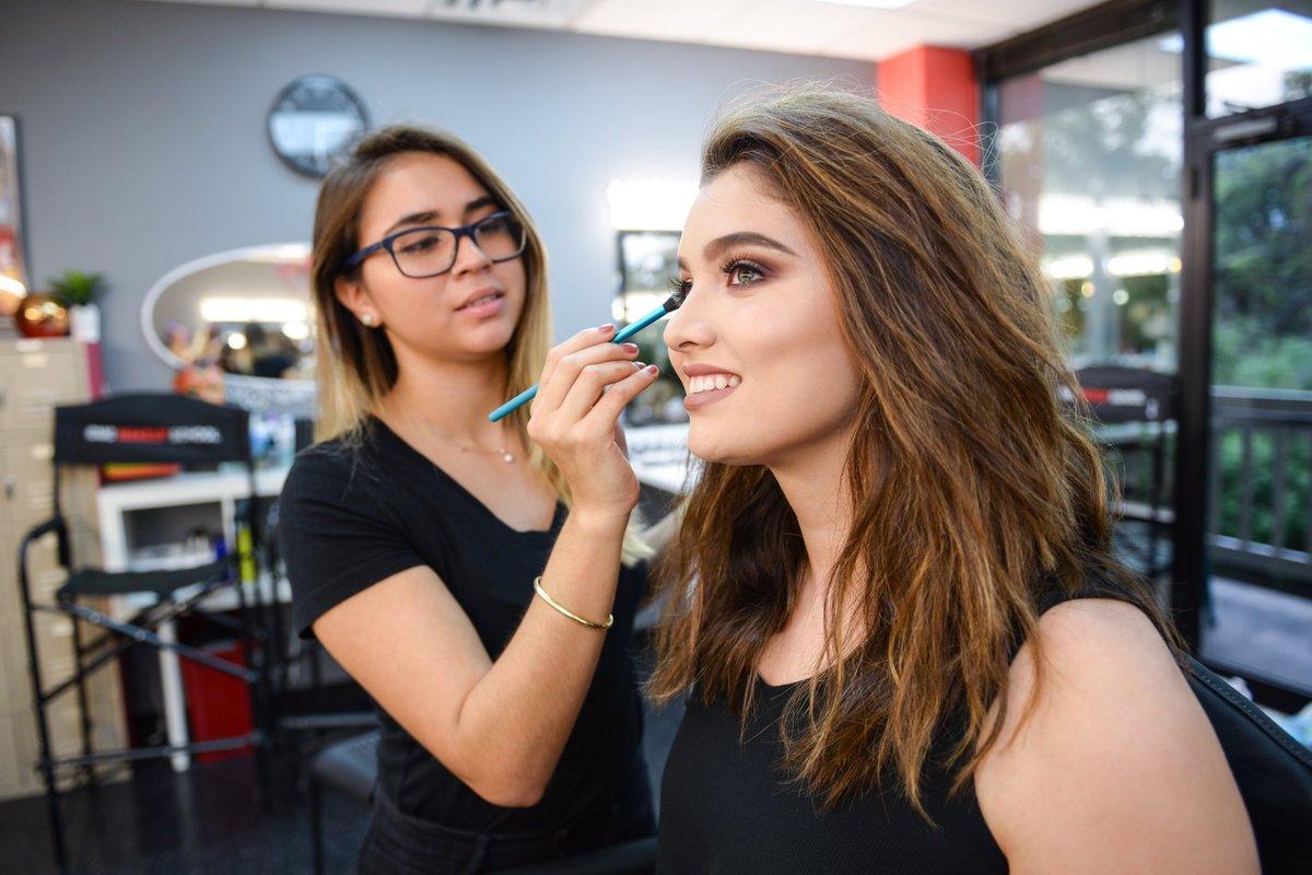 Cmc Makeup School Cmcmakeupschool