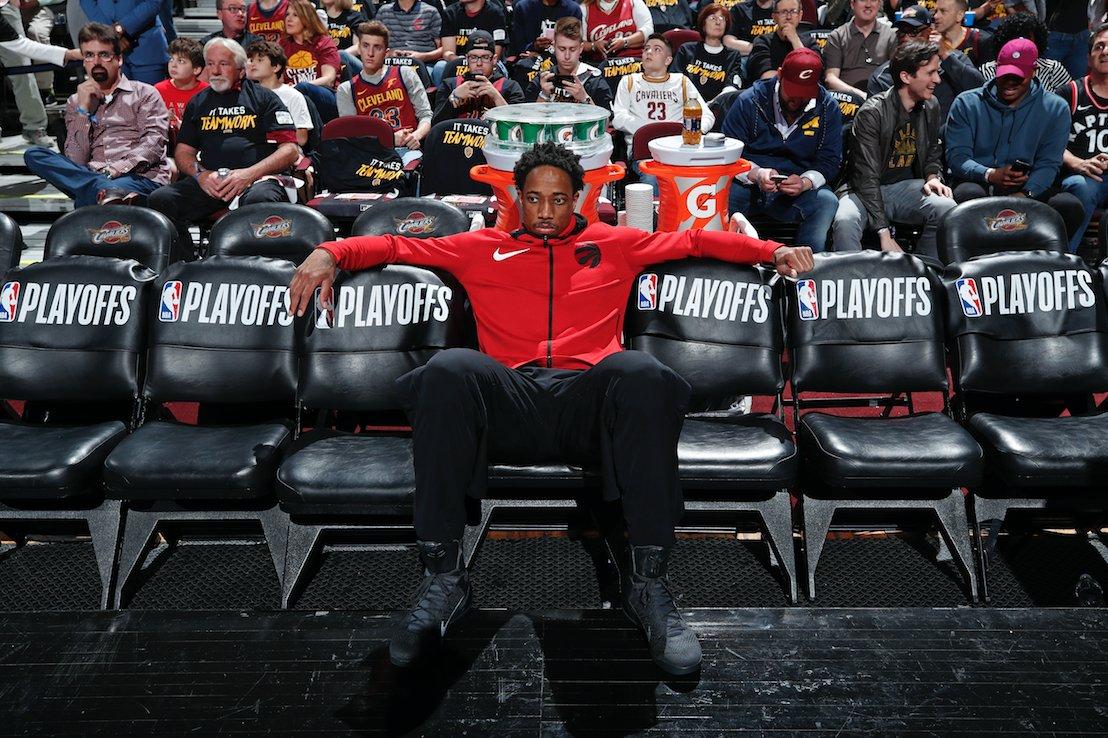DeMar DeRozan is 'extremely upset' after Raptors traded him to Spurs, per @daldridgetnt  https://t.co/fNWoAM62kV https://t.co/5ouUsR2XtJ