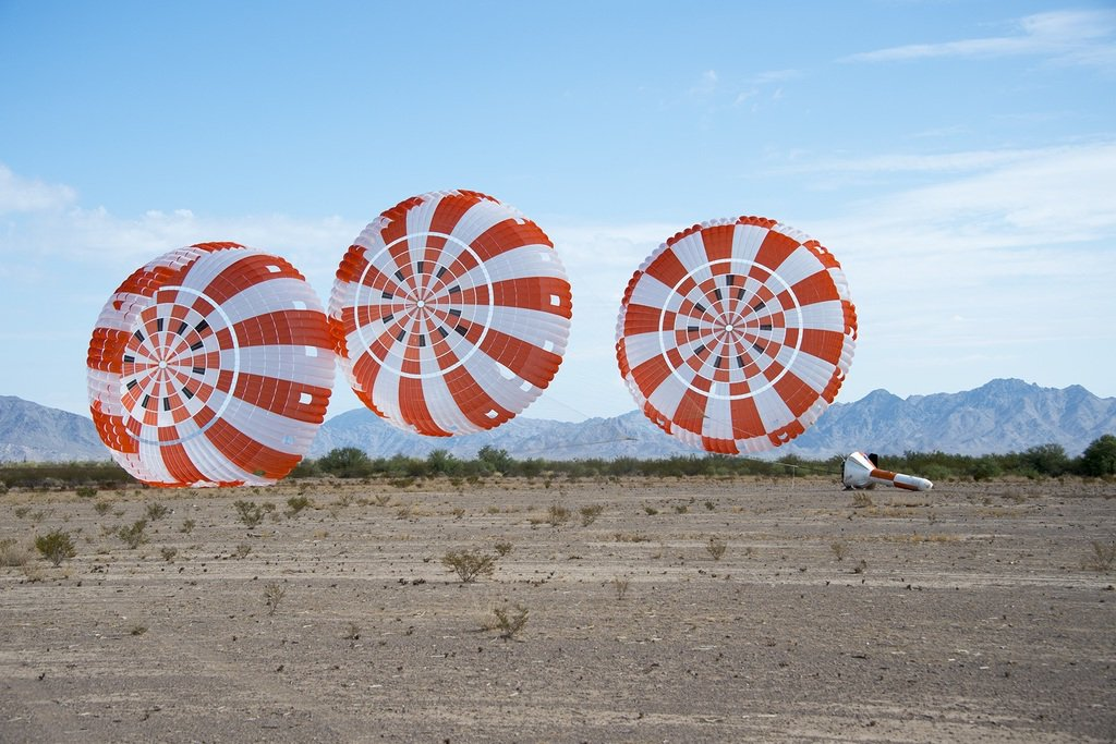 Orion Parachutes Chalk Up Another Test Success in Arizona via #NASA https://t.co/bZni5PBdpe #space & #deepspace