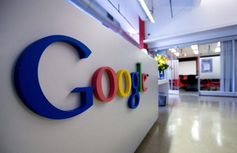 La UE  multa a #Google con la sanción más alta de la historia #SocialMedia   https://t.co/YtSszLOAKT https://t.co/KxI8j55eKE