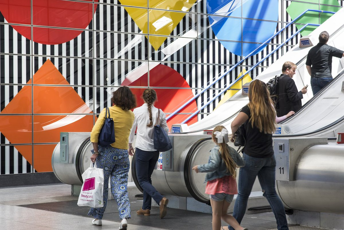 Art On The Underground On Twitter London Or Spain The Sun Is Shining On Daniel Buren S Diamonds And Circles Works In Situ At Tottenham Court Road Https T Co Pnu3gjl1lb