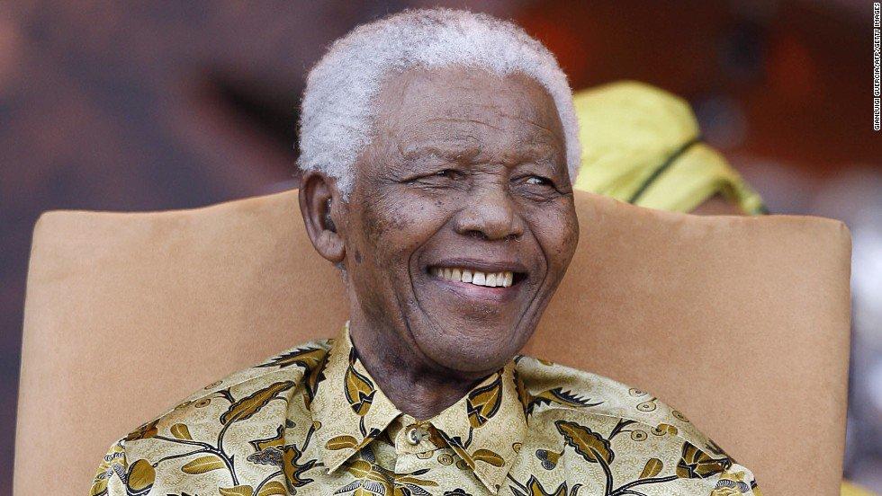 FOTOS | 10 frases memorables de Nelson Mandela en el aniversario número 100 de su nacimiento https://t.co/nBEH1fEe8I https://t.co/UKNsu2GQfR