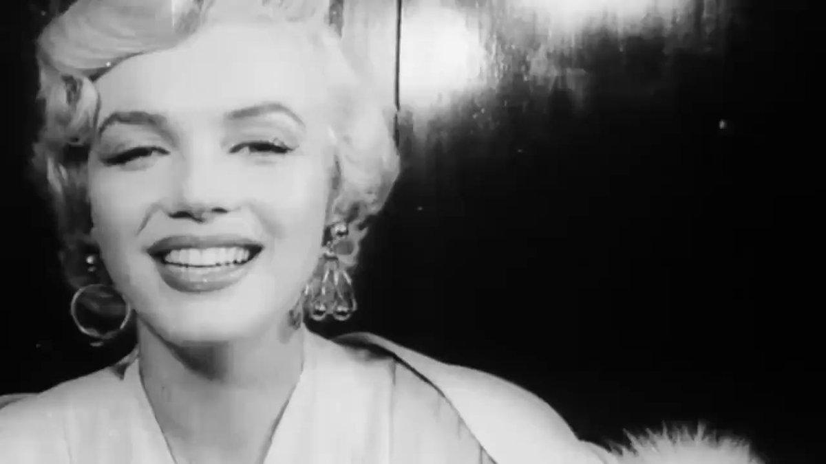 Marilyn Monroe Judy Garland Marilyn Monroe Judy Garland Lived Elledecor Marie Claire Scoopnest