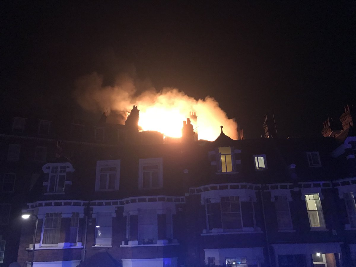 Otro un fuerte incendio se produce en un bloque de - Apartamentos lujo londres ...