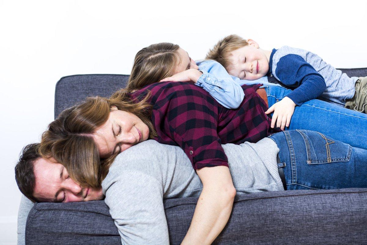 Картинки спящая семья