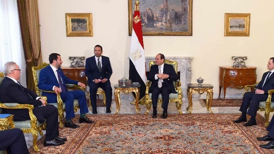 Ringrazio il presidente Al Sisi e gli altri esponenti del governo egiziano che ho incontrato oggi al Cairo e con i quale ho parlato a lungo su tanti temi, per riallacciare una collaborazione tra Italia ed Egitto che è strategica e fondamentale.