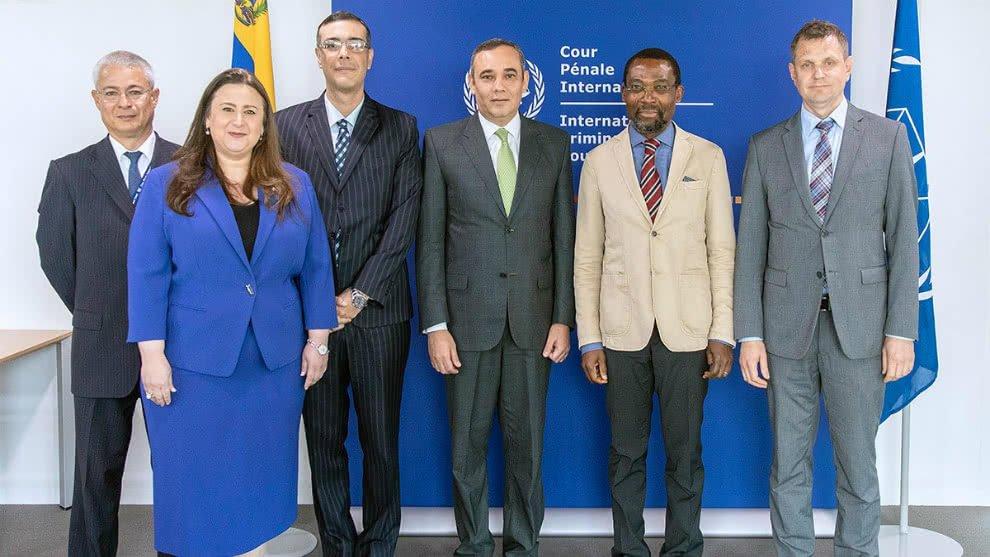 Holanda notificó a la UE sobre la visita de Maikel Moreno a La Haya. El Presidente del Tribunal Supremo de Justicia de Venezuela tiene prohibido entrar al territorio comunitario  https://t.co/SwCk5V0S9E