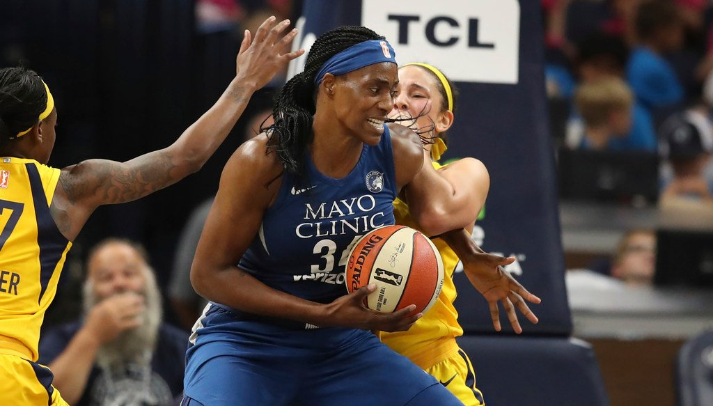 Sylvia Fowles scored 30 points on 13-15 FG and grabbed 16 rebounds in the @minnesotalynx win Wednesday  - It's the 1st 30-pt, 15-reb game in the @WNBA this season - It was the best FG pct (87%) this season by a player with 15+ FGA