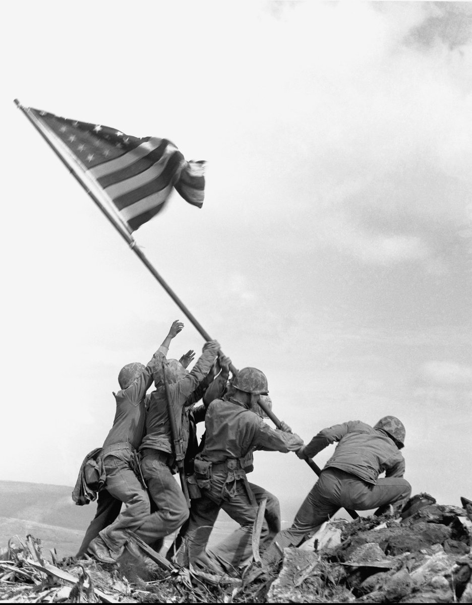On July 25, one week from today, we will have a gallery talk on the upcoming Pulitzer Prize Photographs, which will open on Monday. Come learn more about the photographs that captured historys defining moments. #BYUMOA #GalleryTalk buff.ly/2L25qea