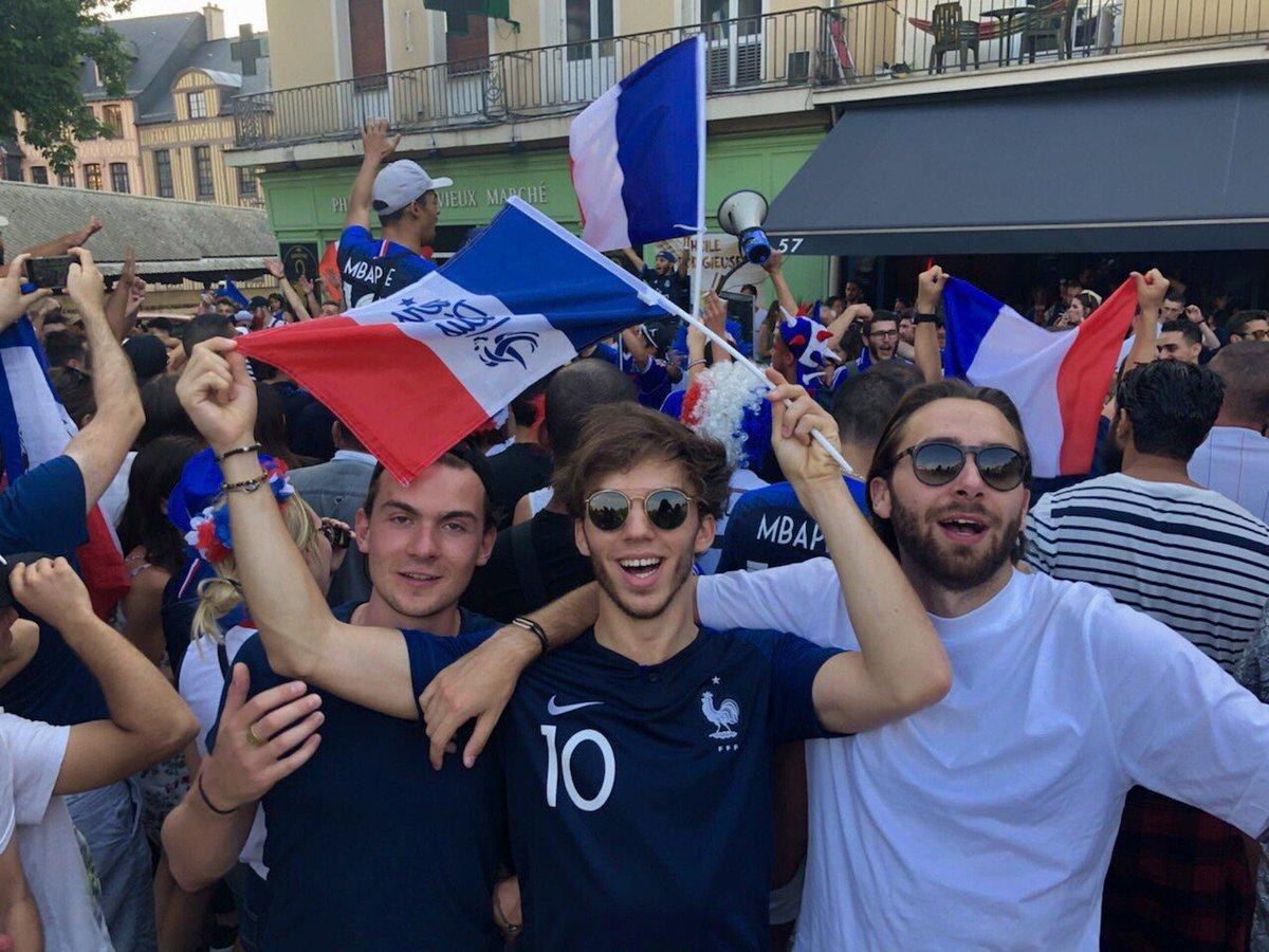 Após título da França, churrasco e festa, Pierre Gasly tenta fim de jejum de pontos na Fórmula 1 https://t.co/vZwnYkM9ag