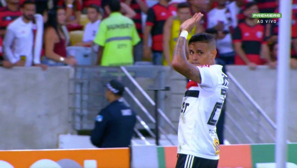 Sem comemoração! Concorda com a atitude?  #BrasileiraoNoSporTV #NossoFutebol