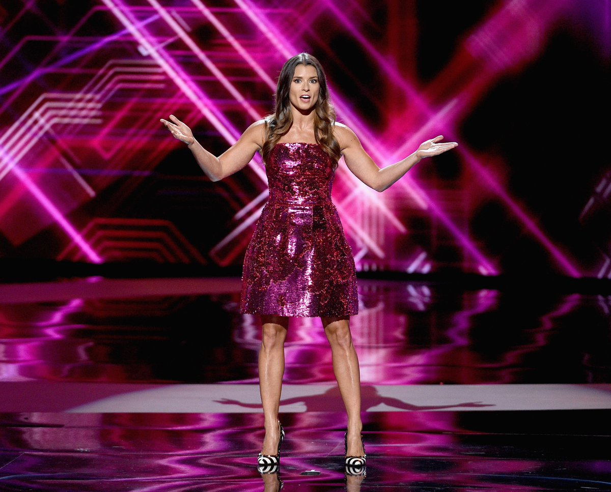 Watch Danica Patrick's opening monologue from the #ESPYAwards, where she roasts LeBron, OBJ, Tiger Woods and more   https://t.co/ZMfQLqfZVw