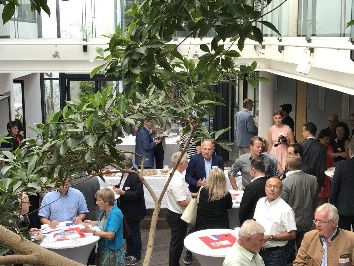 test Twitter Media - Netzwerken zu spannenden Themen in der #RegionA3: Mit unserem Wirtschaftsdialog sind wir heute zu Gast bei der Topstar GmbH in Langenneufnach. Danke, dass wir hier sein dürfen! https://t.co/Px8MFDac6D