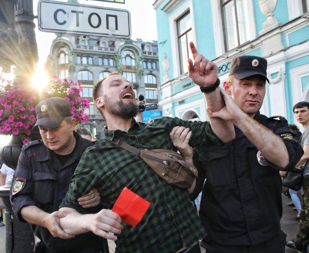 e18aad415508 Мундиаль закончился, иностранцы уехали, не увидев настоящую Россию. В фразе
