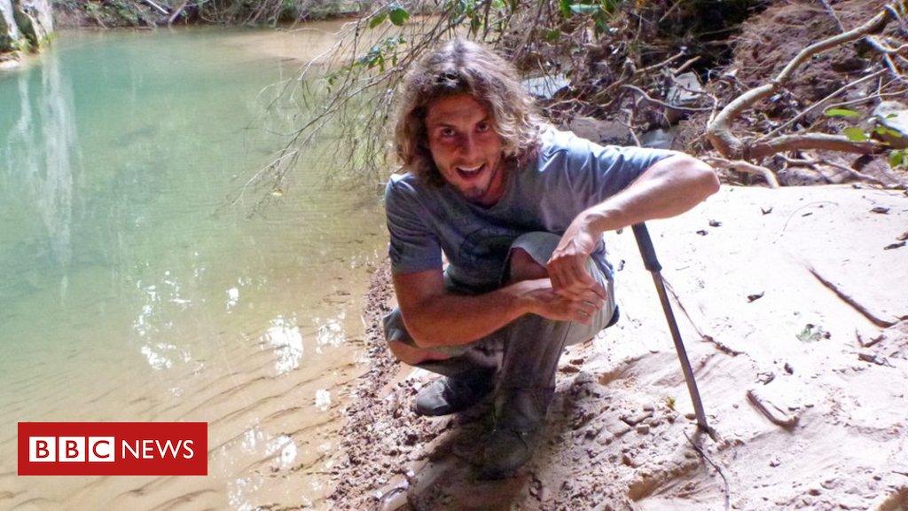 'Não tinha mais nenhum real na conta': o pós-doutor que tenta bico de modelo nu para se sustentar no Brasil https://t.co/XwJzB1ONlG