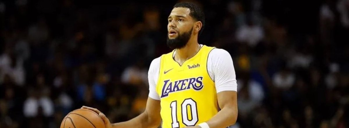 📝  @FBBasketbol signs up Ennis.  https://t.co/p1BYpdPfvX