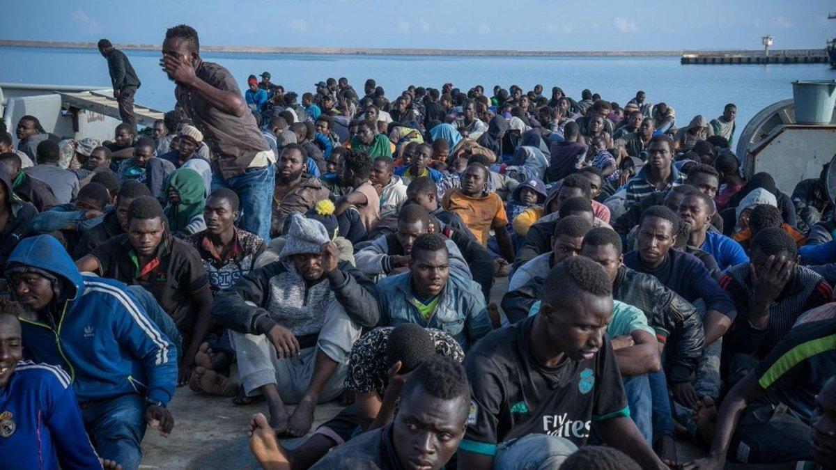 Migranti, Cei: 'Non possiamo volgere lo sguardo altrove' #migranti https://t.co/4vnJjlFsUQ