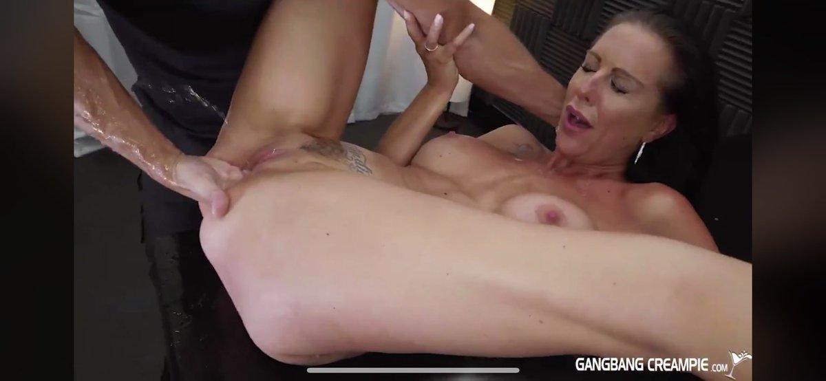 Sexy chubby porn