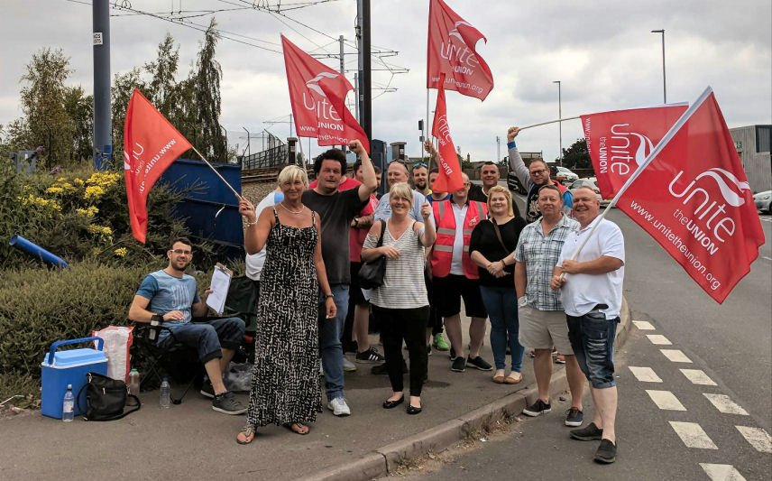 #Solidarity shout out to all Sheffield Supertram staff taking strike action today over paltry '26 pence an hour' pay rise offer unitetheunion.org/news/tram-driv…