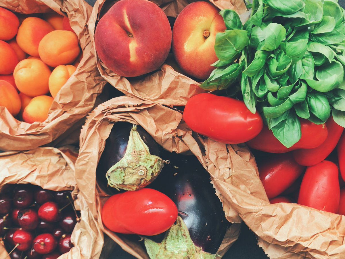 Sterke Botten A Twitter Een Gezonde Voeding Zuivel En Vitamine D Zijn Erg Belangrijk Voor Sterke Botten Wist Je Dat Basisvoedingsmiddelen Als Groenten Fruit Graanproducten En Zuivel Belangrijk Zijn Voor Een Goede