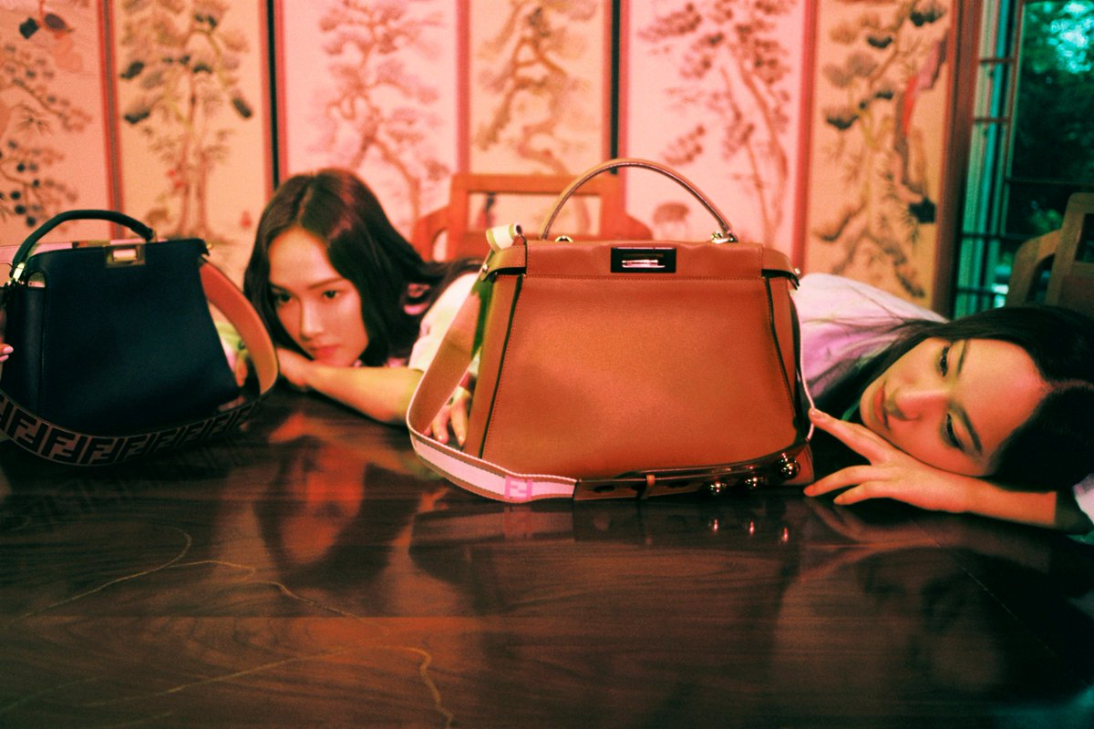The #FendiPeekaboo is as versatile and unique as the many women who carry it. Join the Fendi Family. Share your Peekaboo story with the hashtag #MeAndMyPeekaboo.  Discover more: https://t.co/RFdlvwAyXq