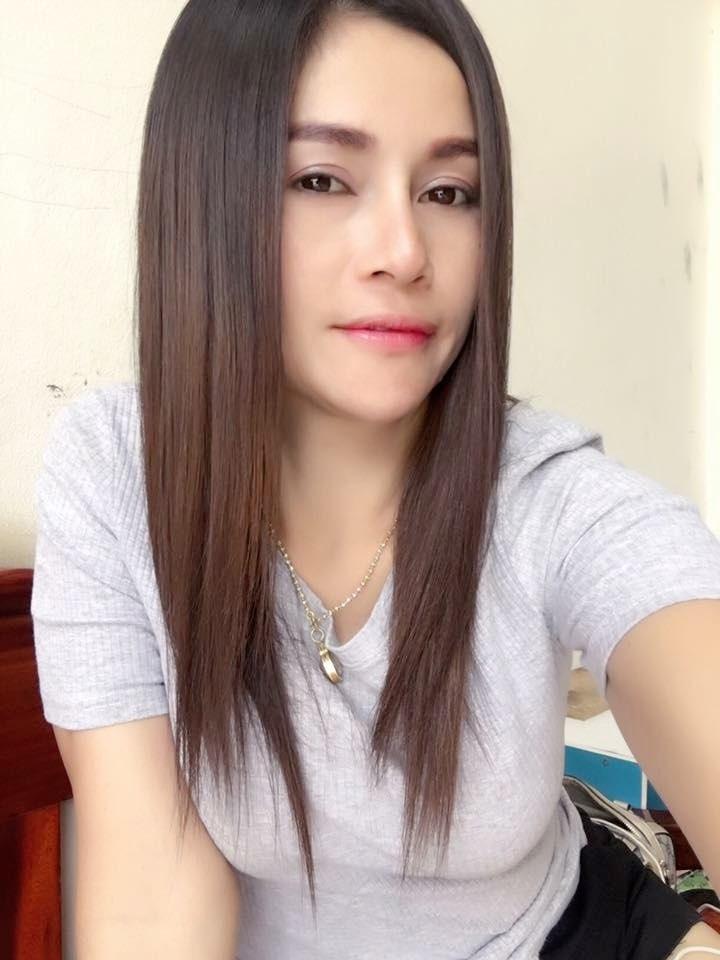 Thai girl smile dating