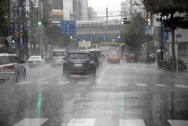 【ウェザーニューズ発表】今夏の「ゲリラ豪雨」、全国で3852回発生と予測 https://t.co/pTtqMJcC20  7月中旬から8月中旬の間に集中し、九州から近畿では特に回数が増えるとした。昨夏より373回多い見込み。