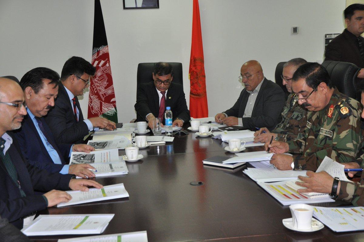 جلسه شورای عالی دفاع تحت ریاست وزیر دفاع ملی دایر گردید mod.gov.af/fa/news/400188