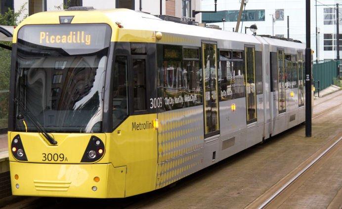 Manchester Metrolink tram workers in strike vote over substandard pay offer unitetheunion.org/news/mancheste…