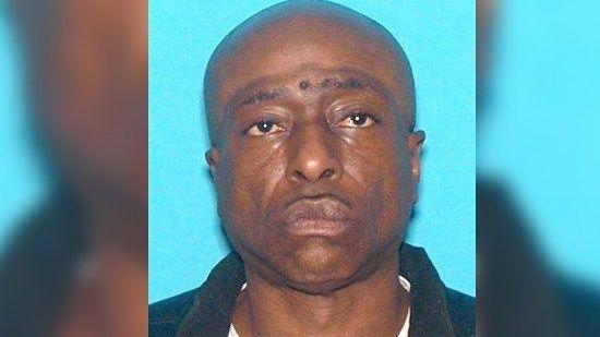 FBI looking for man accused of robbing adult store https://t.co/aVYEeCgSC9 | #wmc5