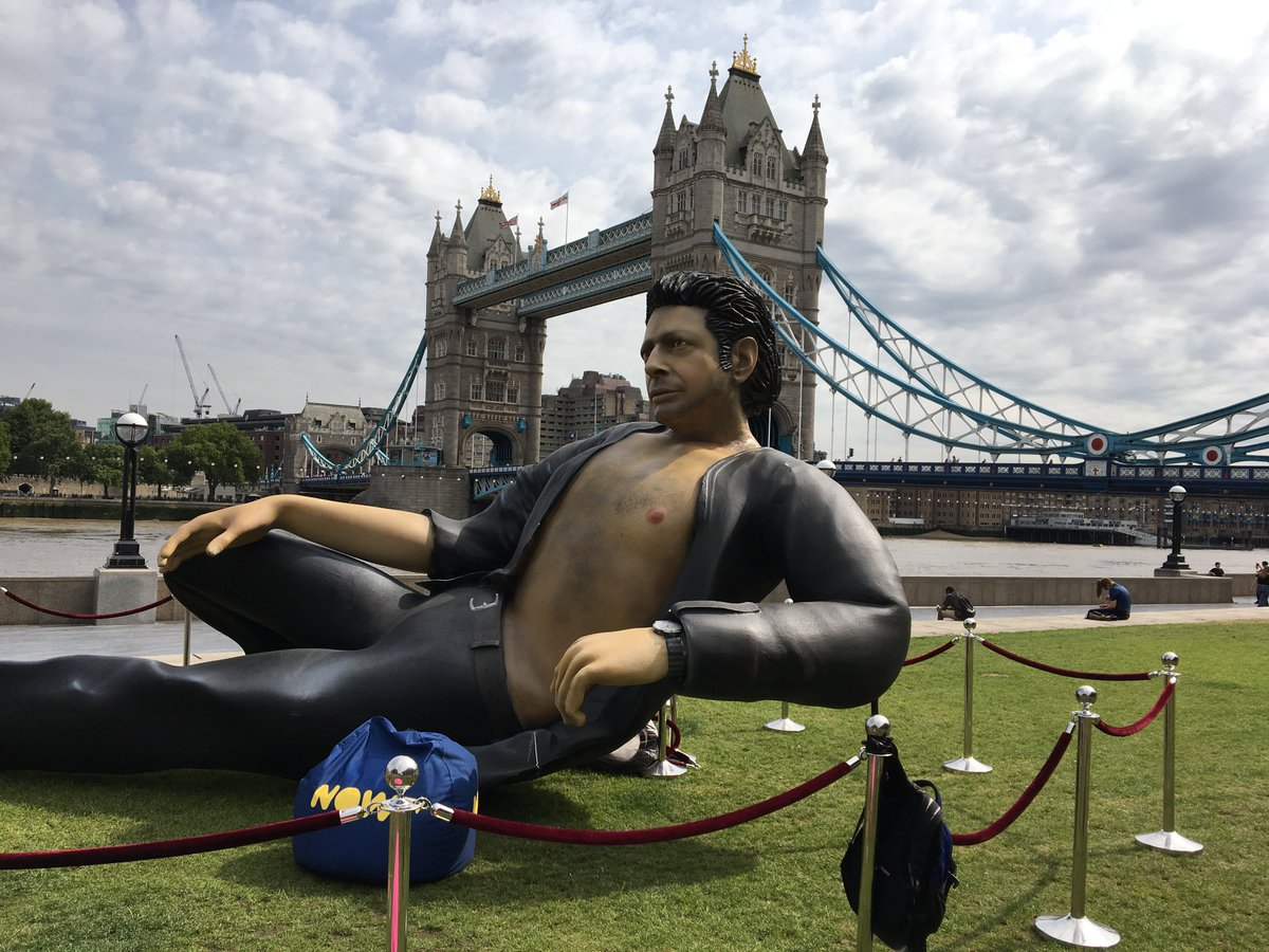 There's finally a Jeff Goldblum shirtless statue and people are freaking out about it.