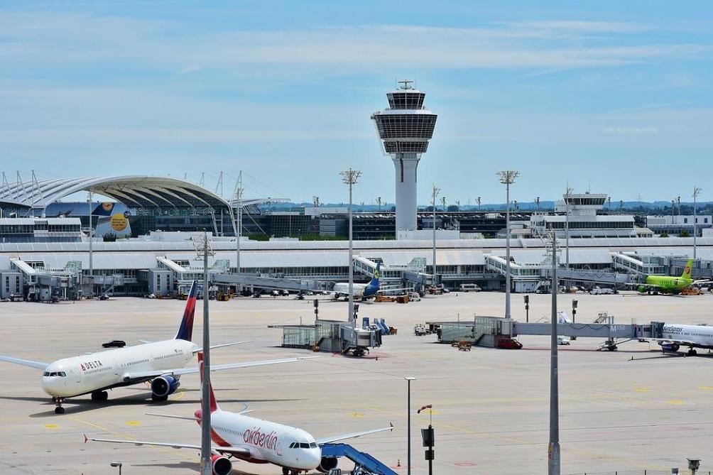 L'espace aérien belge fermé à cause d'un problème technique chez Belgocontrol https://t.co/JVP5sBwn6P #BrusselsAirport