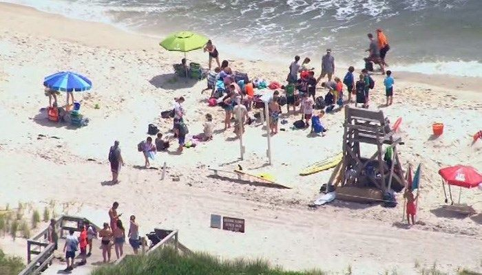 Two kids attacked by sharks on same day in scare for NY beach-goers https://t.co/pKx7jKOy04 | #wmc5