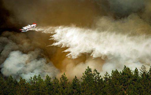 1 dead as latest fire portends explosive Northwest season https://t.co/2BtdA41sYg | #wmc5