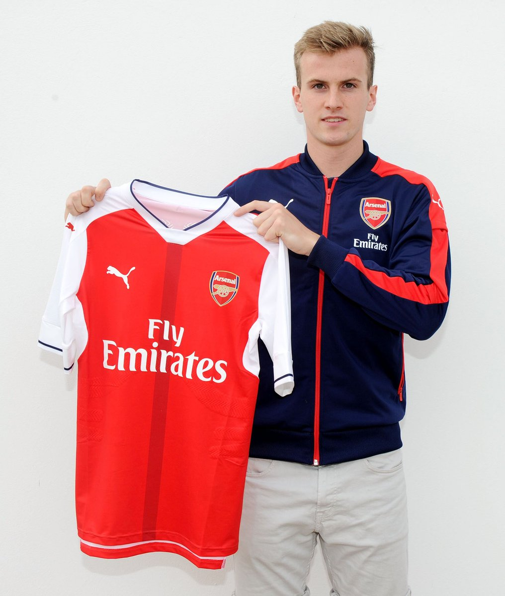 🗓 #OnThisDay in 2016...  @RobHolding95 moved south and became one of us 👊