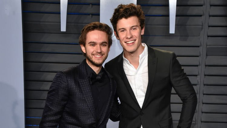 #Zedd talks upcoming collab with #ShawnMendes and we CAN'T WAIT FOR IT! 🙌https://t.co/Ej47ZcX6yH