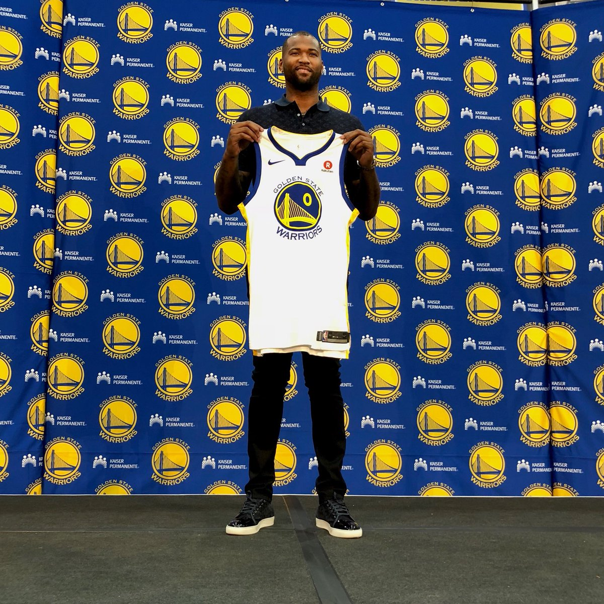 New threads for Boogie. (via @warriors)