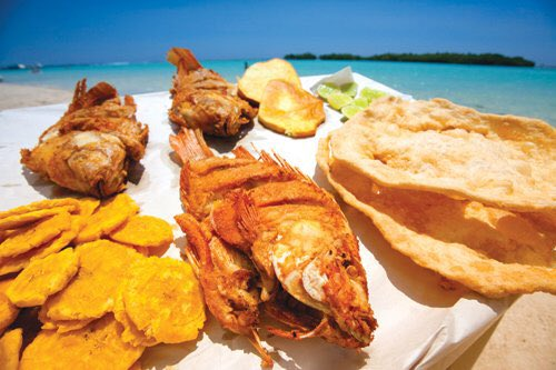 Dominicans On Twitter Popular Seafood In Dr Fried Fish Fried Plantain Yaniqueques Fried Batata Https T Co Jqmnczbql3 Twitter