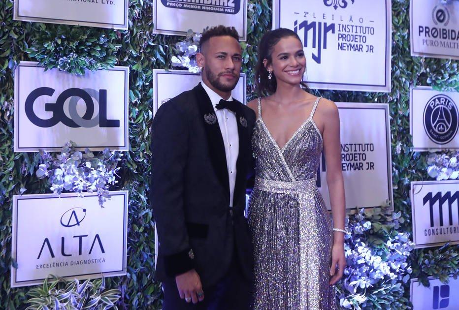 'Eu dou risada', diz presidente do PSG sobre rumores de Neymar no Real Madrid https://t.co/ucyl4x7eTN -via @EstadaoEsporte
