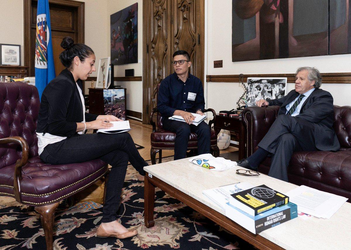 Diálogo con líderes estudiantiles de #Nicaragua Zayda Hernández y Víctor Cuadras en @OEA_oficial