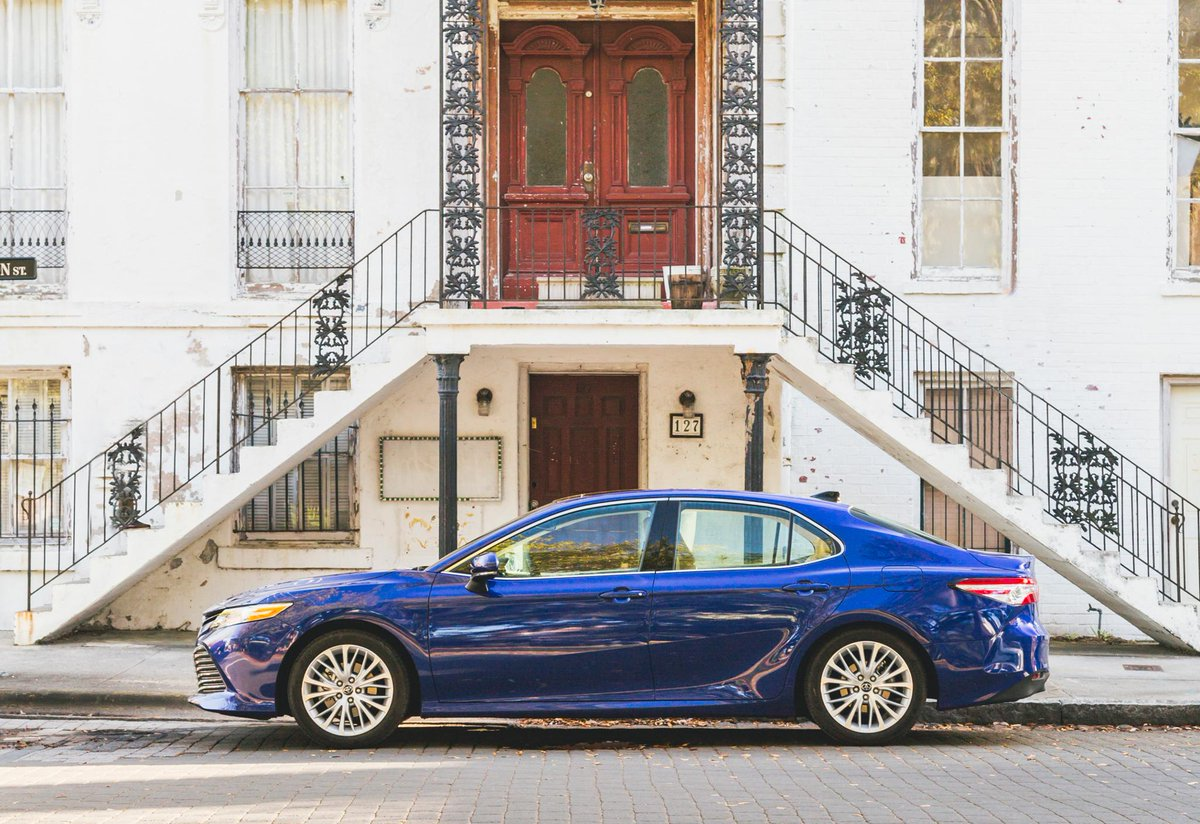 Youll be rushing out of the house for this ride! Build your #Camry: toyota.us/2Lp80dD