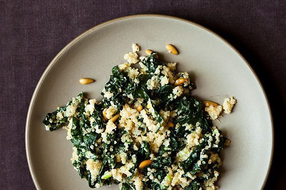 Don't want to do dishes tonight? No problem. Try our one pot kale and quinoa pilaf! https://t.co/R5YtBIONFF https://t.co/22rJjv2FwE